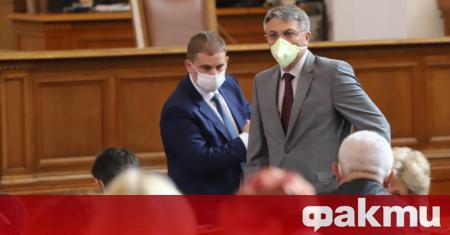 Народното събрание отхвърли ветото на президента Румен Радев и отново