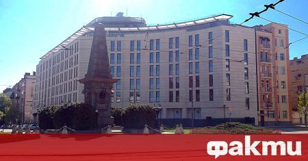 Една от двете големи вериги хотели, които трябваш да отворят