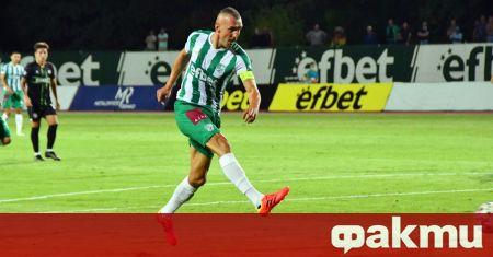 Най-резултатният голмайстор в историята на българския футбол Мартин Камбуров обмисля