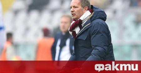 Треньорът на национала Валентин Антов в италианския Болоня Синиша Михайлович