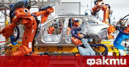 Производството на автомобили във Великобритания през април 2020 г. е