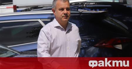 Българската национална телевизия прекъсна новините си, за да покаже на