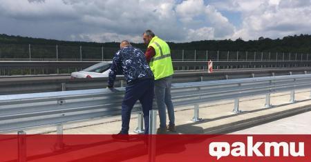 Премиерът Бойко Борисов инспектира ремонта на виадукта на 20-и км