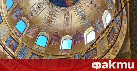 Българската православна църква почита църковния празник Свети Дух. Той се