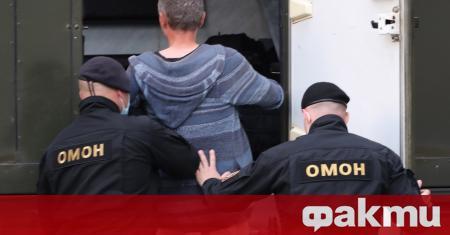 Беларуският опозиционер Валерий Цепкало, на когото властите отказаха регистрация като