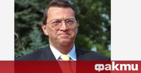 Бившият турски премиер Месут Йълмаз е починал днес в болница