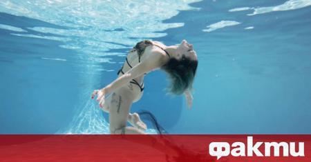 Видеоклип от ареста на плажуваща жена набра страхотна популярност в