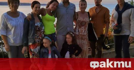 Илиана Раева е на почивка с дъщерите си Славея и