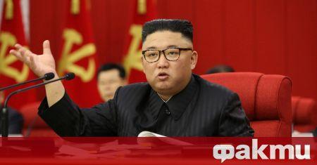 Лидерът на Северна Корея Ким Чен Ун по време на