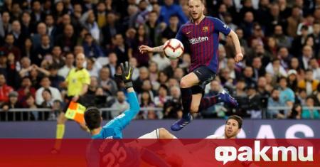 Иван Ракитич иска да остане в Барселона и да изпълни