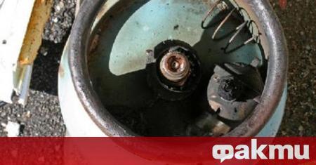 Газова бутилка се е взривила в жилищен блок в Бургас,