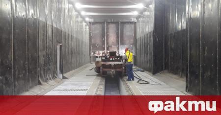 Вагоноремонтният завод в Септември възобновява работа от днес, предаде БНТ.В