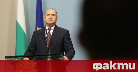 Евродепутатът Елена Йончева призова ЕП да изслуша президента Румен Радев.