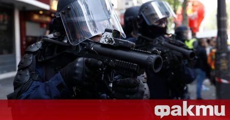 Части на словашката полиция за борба с безредици използваха сълзотворен