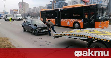 Верижна катастрофа затрудни временно движението по бул.