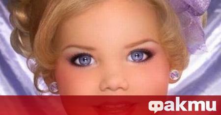 Това момиченце, което досущ прилича на кукла Барби, се казва