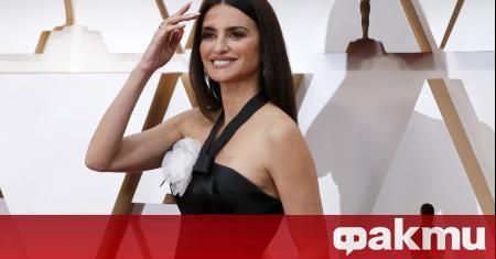 Испанската актриса Пенелопе Крус вече е на 46 години. Тя