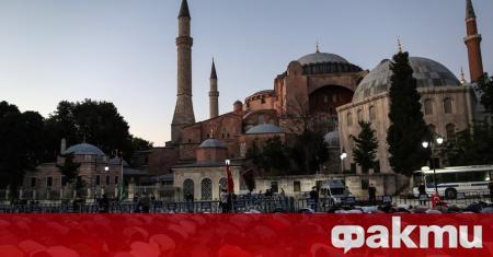 Турският президент Реджеп Тайип Ердоган призова да бъде уважено решението
