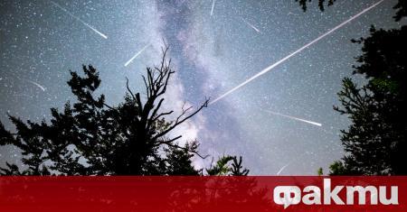 Годишният метеорен дъжд, наречен Персеидите, е един от най-обичаните метеорни