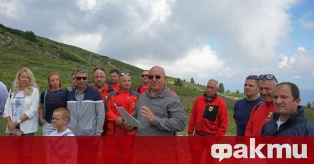 Министърът на околната среда и водите Емил Димитров направи първа