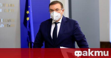 Бившият министър на културата Вежди Рашидов, здравният министър в оставка