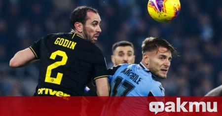 Интер ще се опита да разкара защитника Диего Годин веднага