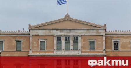 Гръцкото правителство обяви, че ще отпусне бонуси за медиите, които