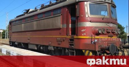 БДЖ ремонтира 20 локомотива в различни срокове с две фирми,