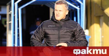 Наставникът на Ботев (Пловдив) Азрудин Валентич бе доволен от точката,