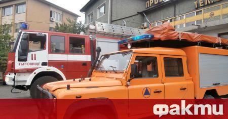 Пожар избухна в общински склад за отпадъци край търговищкото село