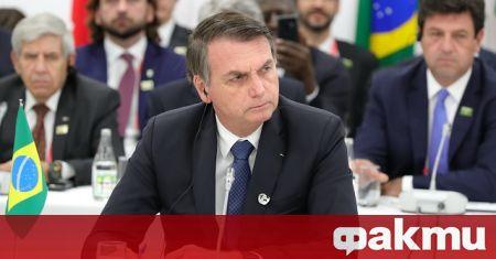 Бразилският президент Жаир Болсонаро атакува коронавирусните ваксини, заявявайки, че ваксината