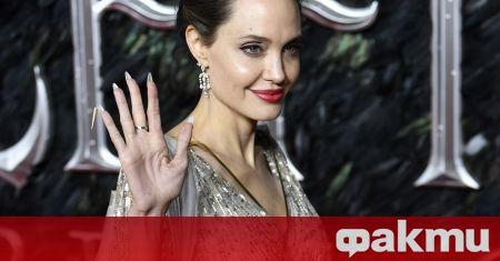 Актрисата Анджелина Джоли е заподозряна в афера с бившия си