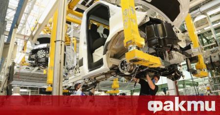 Индустриалното производство в еврозоната и целия ЕС има скор през
