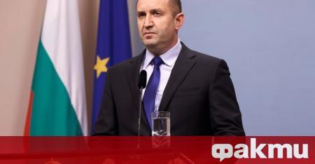 Президентът Румен Радев посети град Калофер, където се включи във