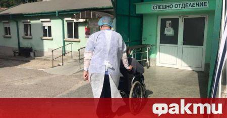 Медици от всички отделения на областната болница в Ямбол са