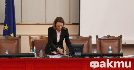 Председателят на Народното събрание Ива Митева ще представи обновения интернет