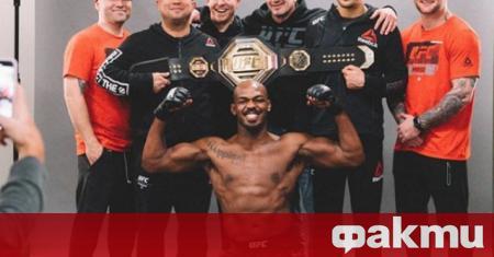 Шампионът в полутежка категория на UFC Джон Джоунс спаси от
