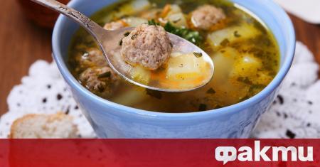 Съществуват вариации в рецептите за супа топчета, но във всичките