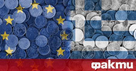 Гръцката икономика ще се свие с между 7,5% до 10,5%