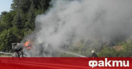 ТИР се запали по време на движение на международния път