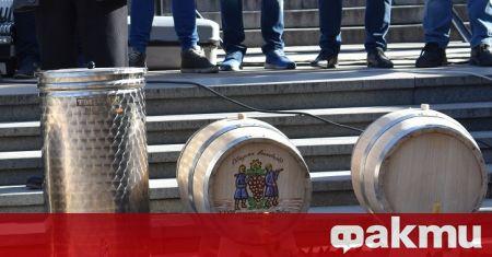 Община Асеновград награждава най-добрия производител на домашно вино. Общо подадените