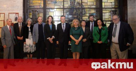 Министърът на правосъдието проф. Янаки Стоилов се срещна със свои