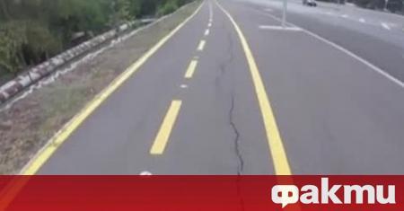 Чисто нова велосипедна алея в Бургас вече е пропукана и