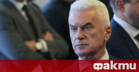 Волен Сидеров реагира остро срещу партията на Слави -