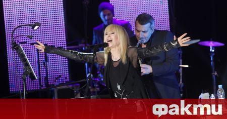 Звездата Лили Иванова показа снимка как танцува с кашици, както