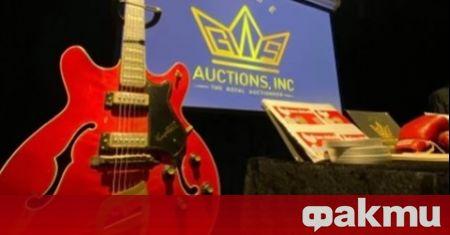 Китарата на Елвис Пресли Hagstrom Viking II ще се продава