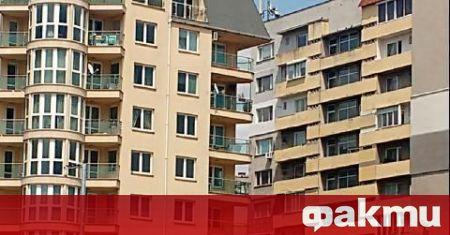 Отпадат техническите паспорти за жилищните сградите, съобщи адв.Драгомир Ошавков, който