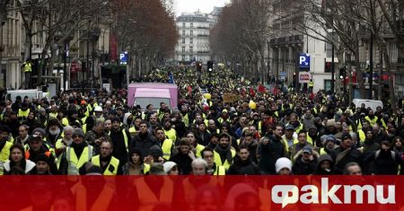 Франция планира да затегне своя отговор на насилието срещу полицаи,