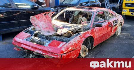Загадъчното Ferrari Mondial, извадено от военни водолази от канал в
