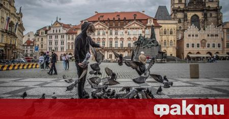 Чешкото правителство реши да позволи на гражданите си да пътуват